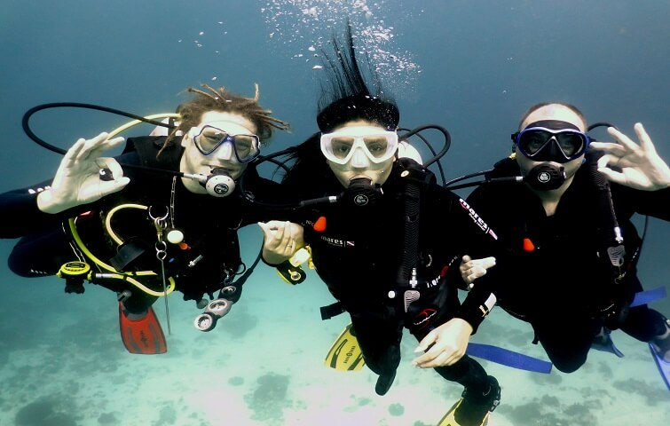 Scuba Diving Courses with Nico Dives Cool Bali
