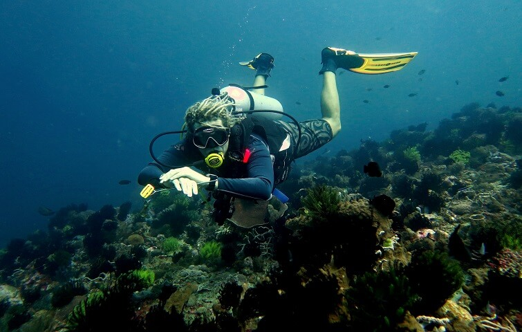 Continue your diving education with Nico Dives Cool Bali